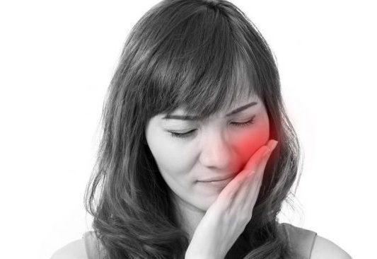 درد-ریشه-دندان-e1563366150343.jpg