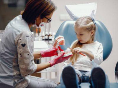 عصب کشی دندان شیری کودکان